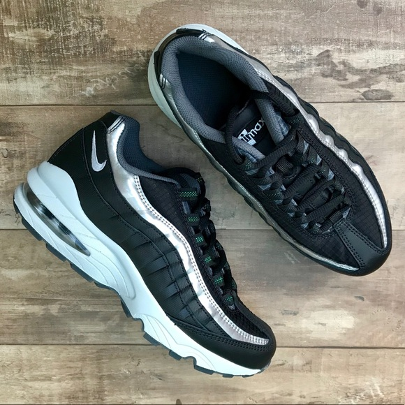 *New* Nike Air Max 95 Y2K Black Metallic Silver NWT